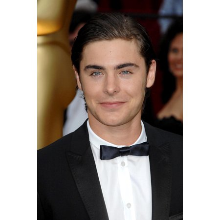 Zac Efron At Arrivals For 81St Annual Academy Awards - Arrivals Kodak Theatre Los Angeles Ca 2222009 Photo By Dee CerconeEverett Collection Celebrity - Academy Awards Theme