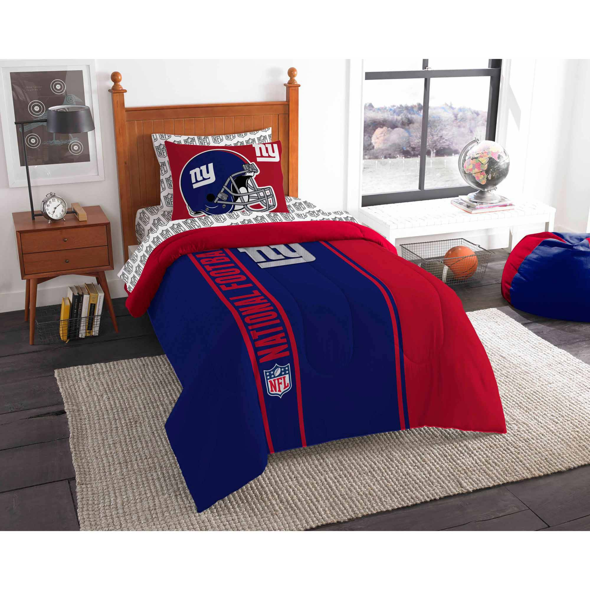 NFL New York Giants Soft and Cozy Bedding Comforter Set