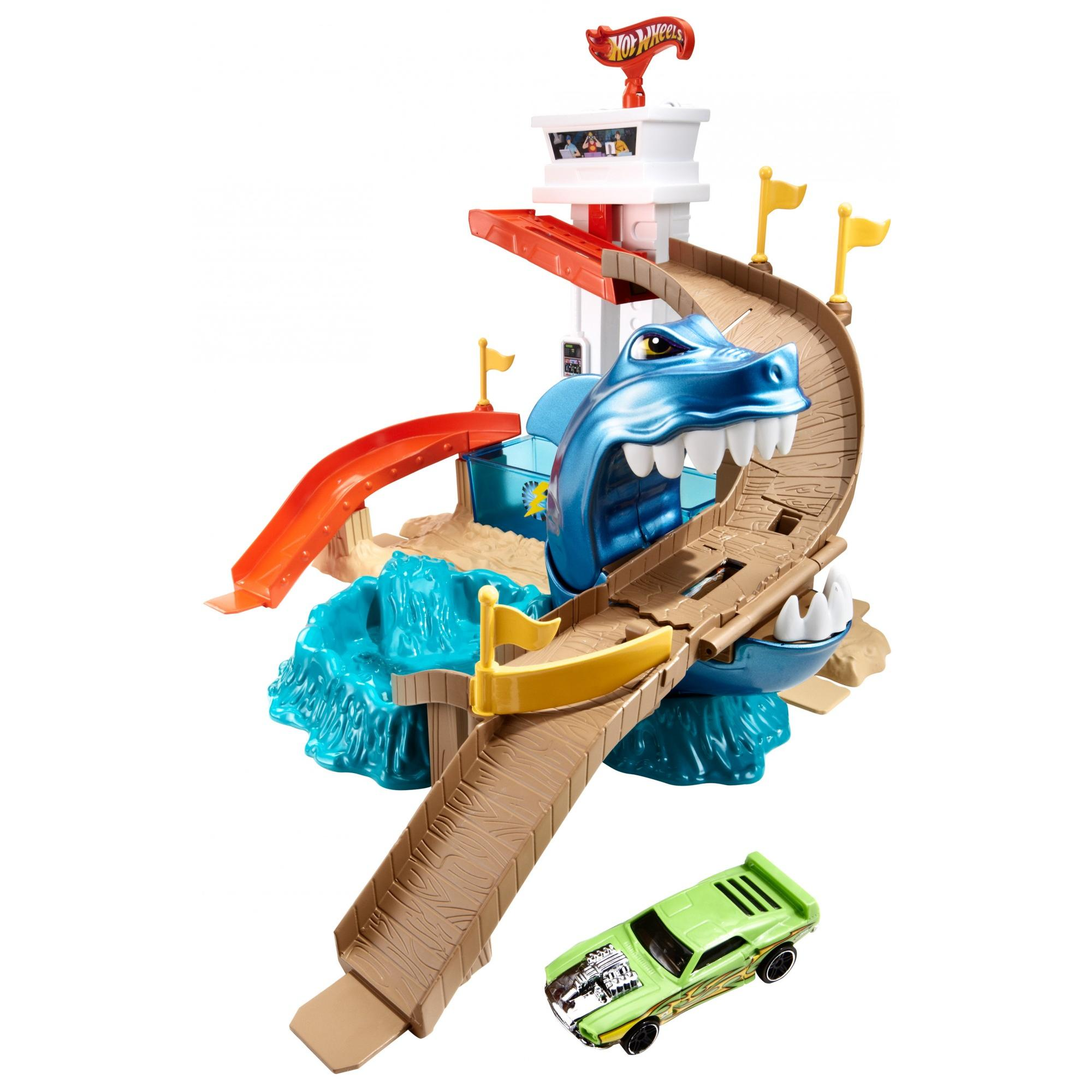 Hot Wheels Color Shifters Sharkport Showdown Play Set by Mattel, Inc.