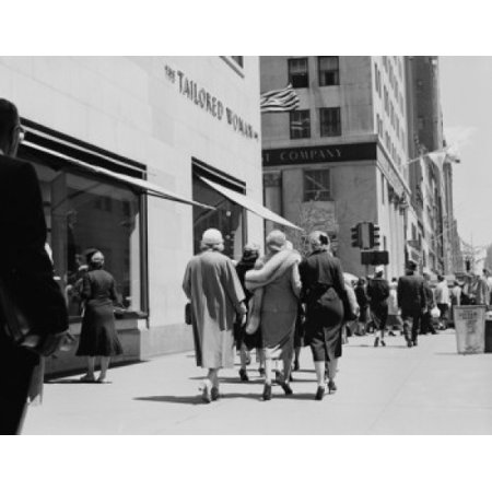 57th Street Manhattan - USA New York City Manhattan shoppers on 57th Street Stretched Canvas -  (18 x 24)
