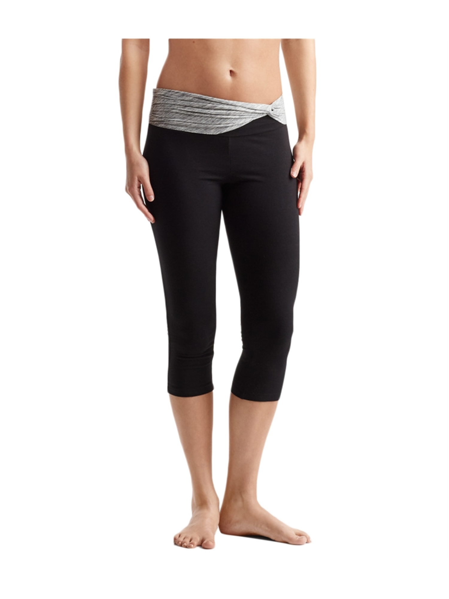 Aeropostale Juniors Knotted Band Crop Casual Leggings