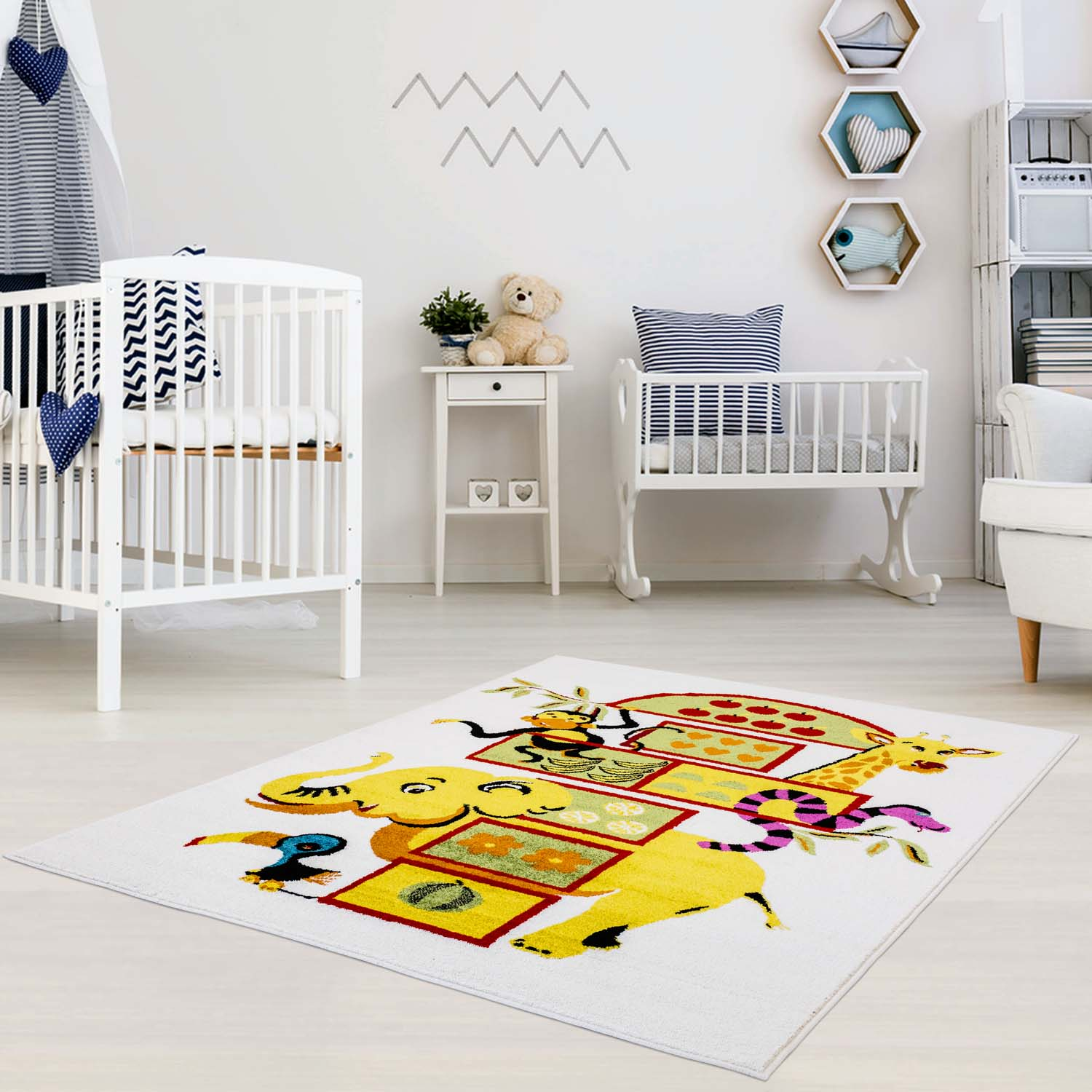 Ladole Rugs Adorable Cute Durable Soft Modern Moda Collection Kids Area Rug Carpet with Elephant White, 4x6