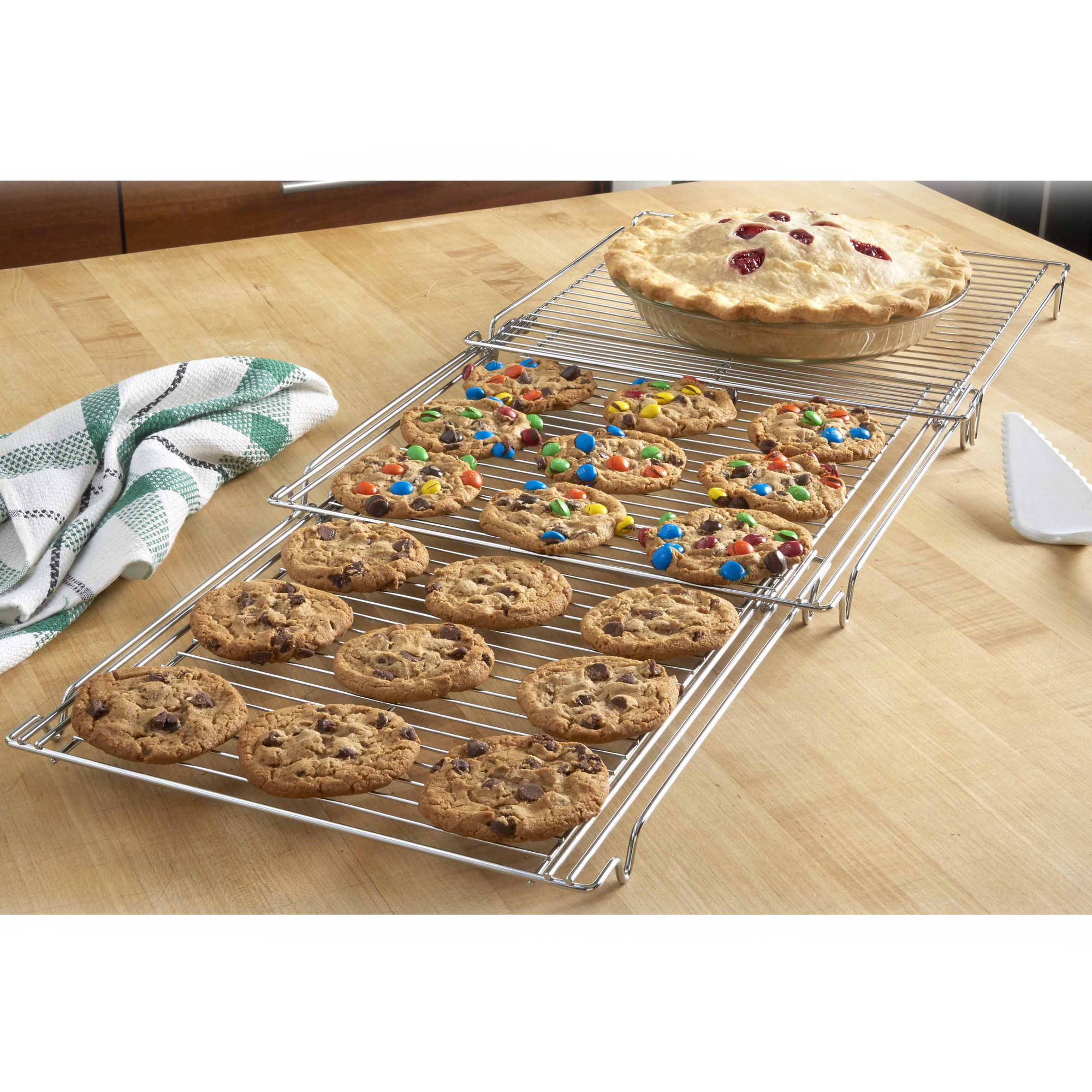Betty Crocker Expandable Cooling Rack