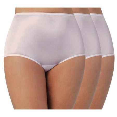Vanity Fair Perfectly Yours Women`s Ravissant Tailored Nylon Brief, 10