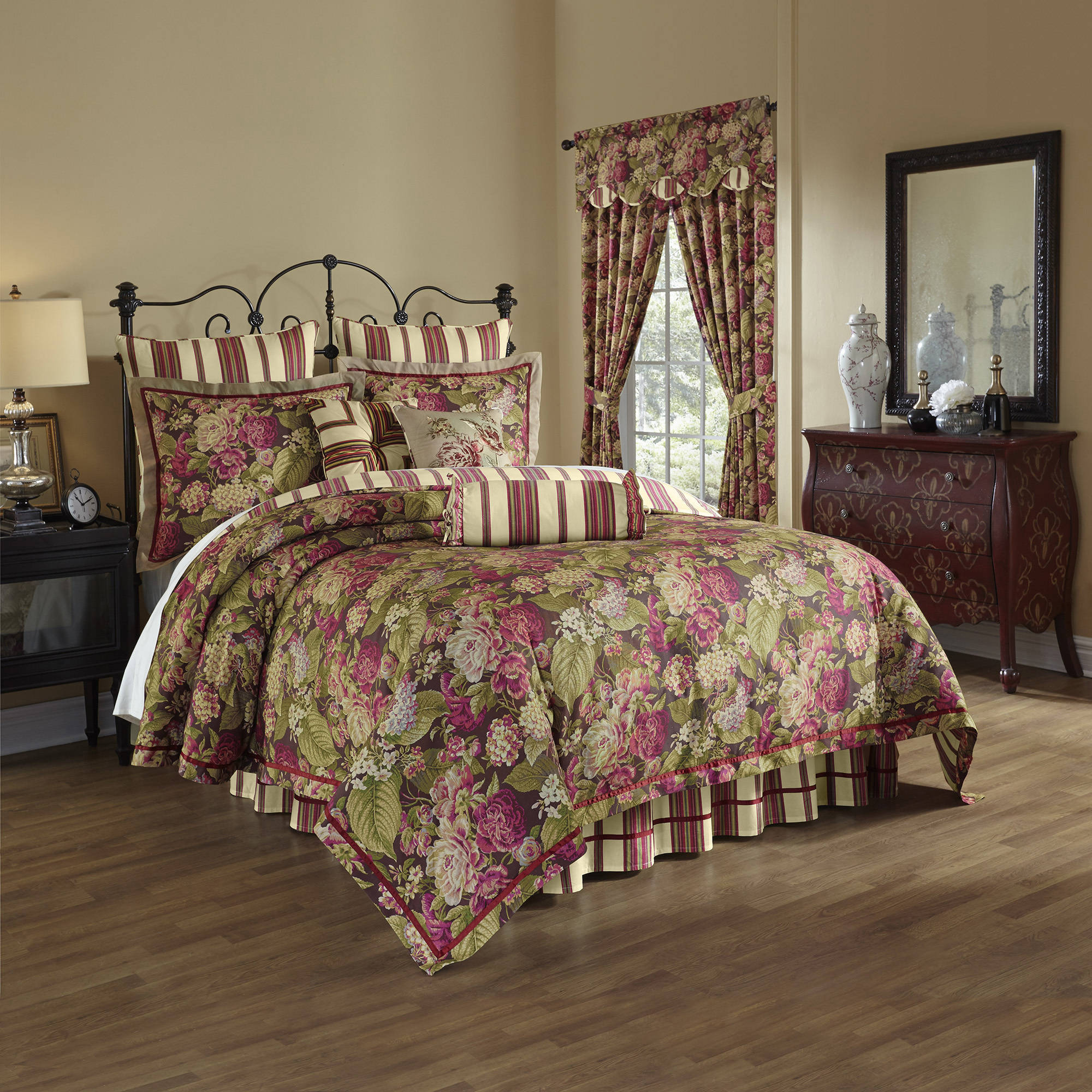 Waverly Floral Flourish Cordial 4-Piece Bedding Collection