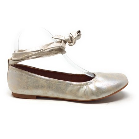 BC Footwear Womens Have A Heart Ankle Strap Ballet Flat Silver Metallic 7.5 M