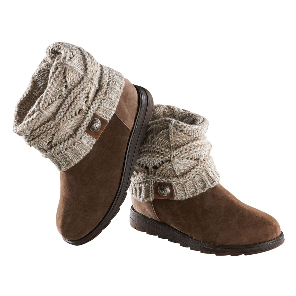 Women's Muk Luk Cable Sweater Knit Brown Ankle Boots - Walmart.com