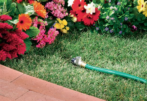 """58034N Orbit Metal Flow-Thru Lawn Sprinkler Spike Base for 1//2/"""" Yard Sprinklers"""