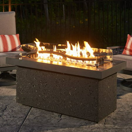 The Outdoor GreatRoom Company Boreal Complete Heat Linear Aluminum Propane/Natural Gas Fire Pit Table ()