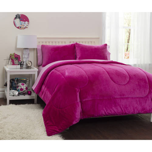 Latitude Pink Royal Plush Reverse to Sherpa Bed in a Bag Bedding Comforter Set