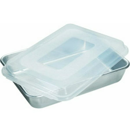 "Nordic Ware Naturals® 9"" x 13"" Rectangular Cake Pan with Storage Lid, Aluminum, BPA-free Plastic Cover, Lifetime Warranty, 12.10"" X 8.80"" X 2.40"""