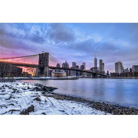 Posterazzi DPI12275718 Brooklyn Bridge with Snow-Covered Landscape at Sunset Brooklyn Bridge Park Poster Print - 19 x 12 in. - image 1 de 1