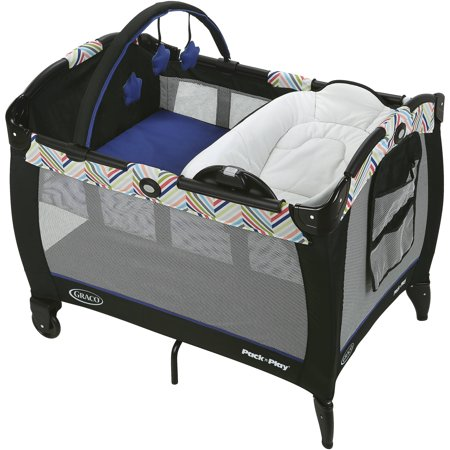 Graco  Pack N Play  Playard Reversible Napper And Changer  Lively