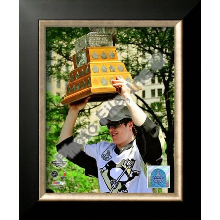Evgeni Malkin 2009 Stanley Cup Champions Victory P... Framed Photographic Print Wall Art ()