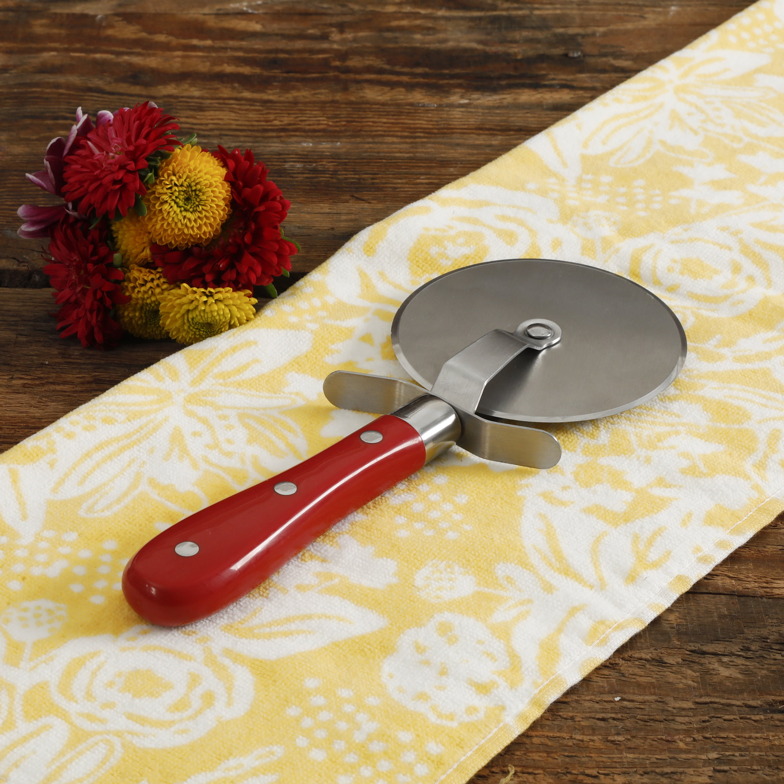 The Pioneer Woman Frontier Collection Red Pizza Cutter Walmart