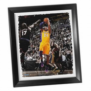 Los Angeles Lakers Kobe Bryant Fade-Away Jump Shot Framed Stretched 32x40 Canvas - image 1 de 1