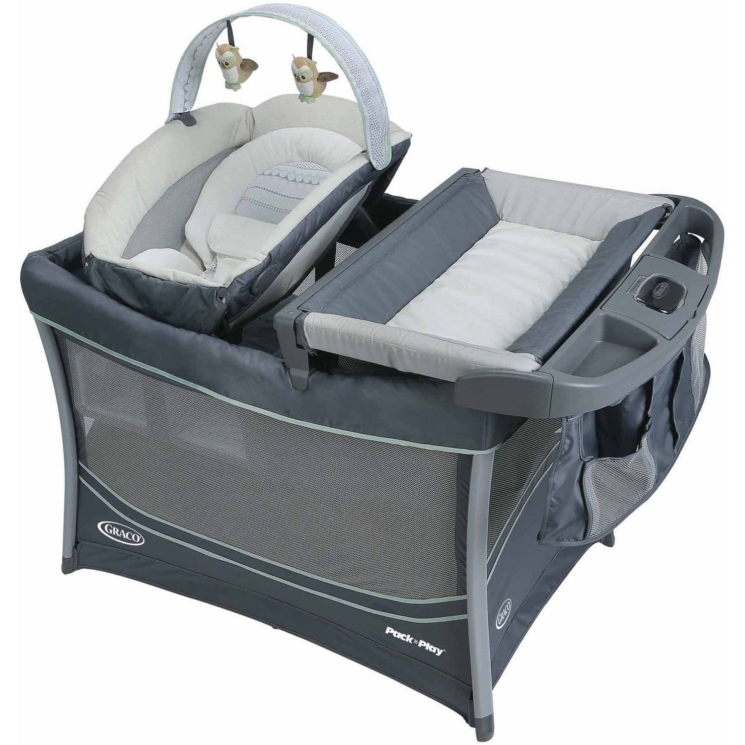 Graco Pack 'N Play Play Pen Everest by Graco