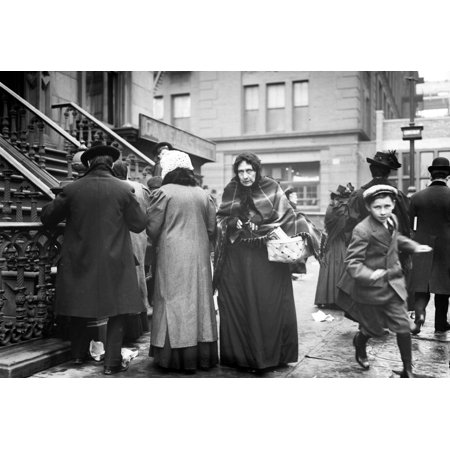 NYC Salvation Army Christmas Dinner 1908 Stretched Canvas - Science Source (24 x (Best Romantic Dinner Nyc)