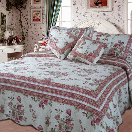 DaDa Bedding French Country Quilt Set