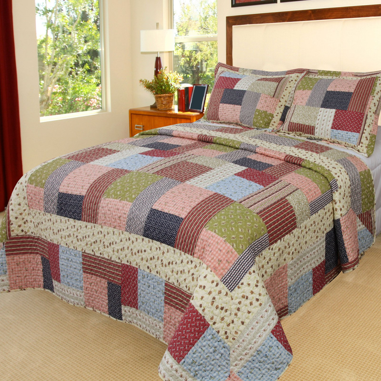 Lavish Home Savannah Quilt Set