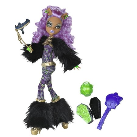 Ghouls Rule Clawdeen Wolf DollDoll is fully articulated so they can be posed in many different ways By Monster