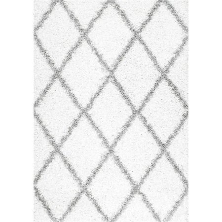 Shag Shanna Collection Area Rug In White And Oval