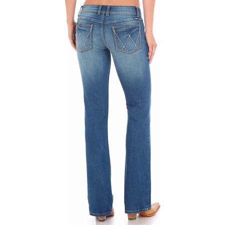 Wrangler Women's Light Indigo Retro Sadie Low Rise Jeans Boot Cut -