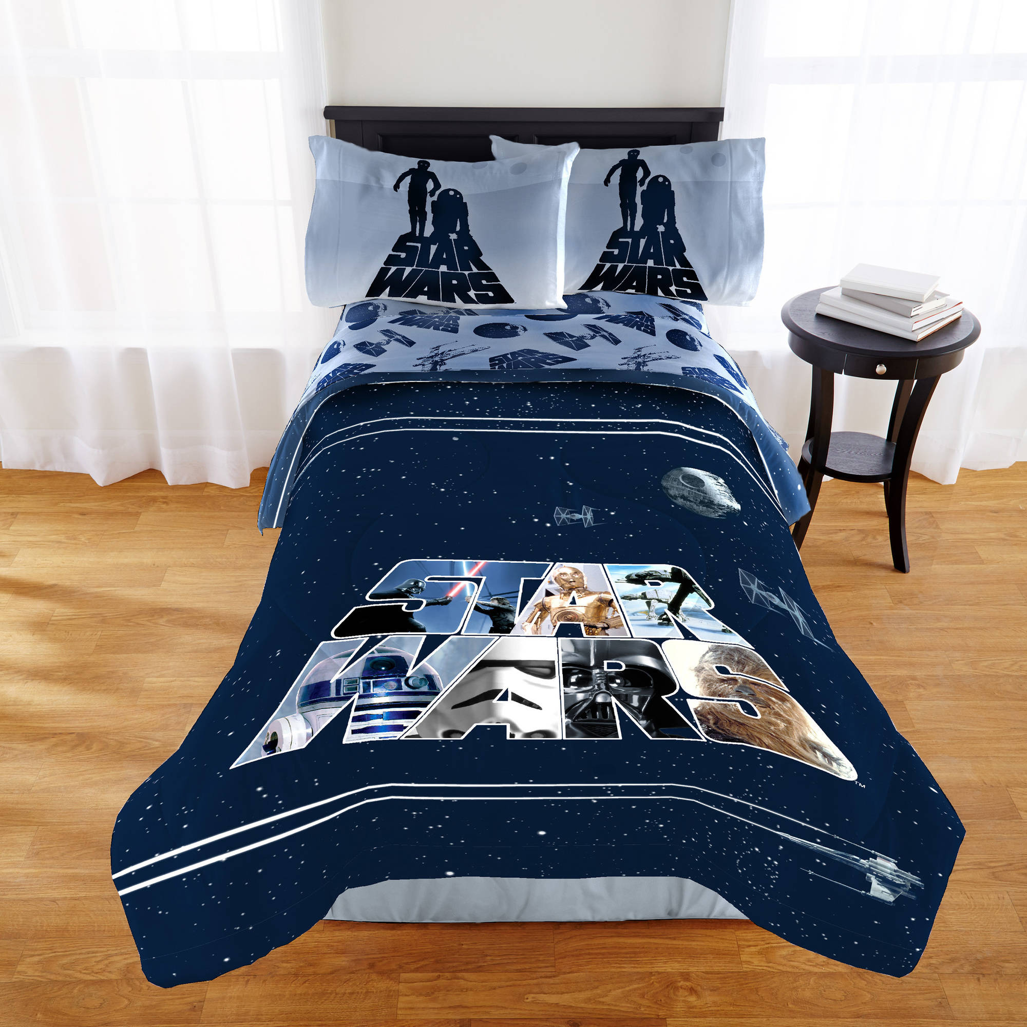 "Star Wars Classic ""Space Logo"" Twin/Full Bedding Comforter"