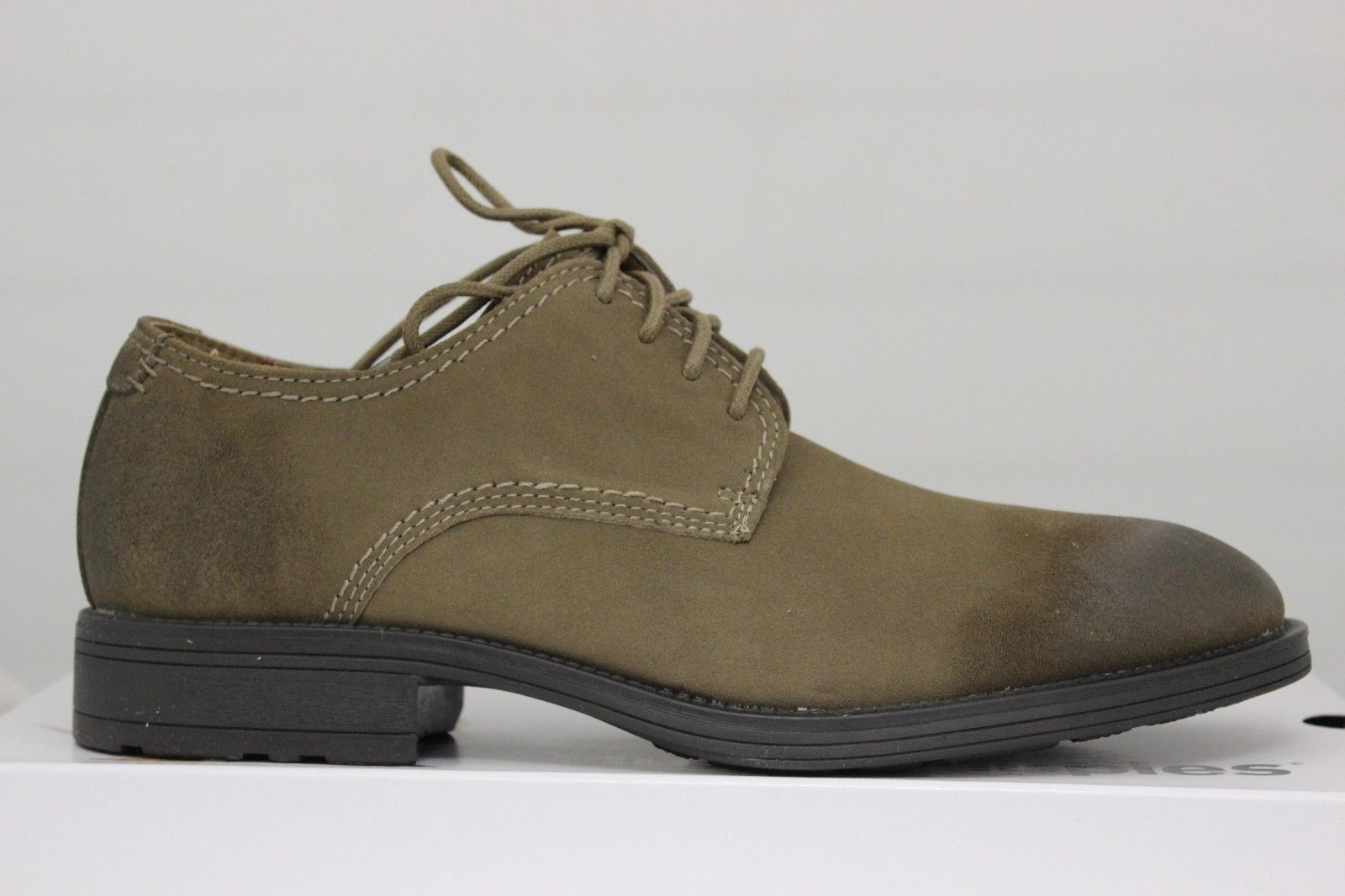 Men's Plane Oxford PL Taupe Suede H103622