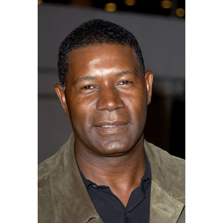 Dennis Haysbert At Arrivals For Jarhead Premiere The Arclight Hollywood Cinema Los Angeles Ca October 27 2005 Photo By Michael GermanaEverett Collection Celebrity - Hollywood 16 Cinema