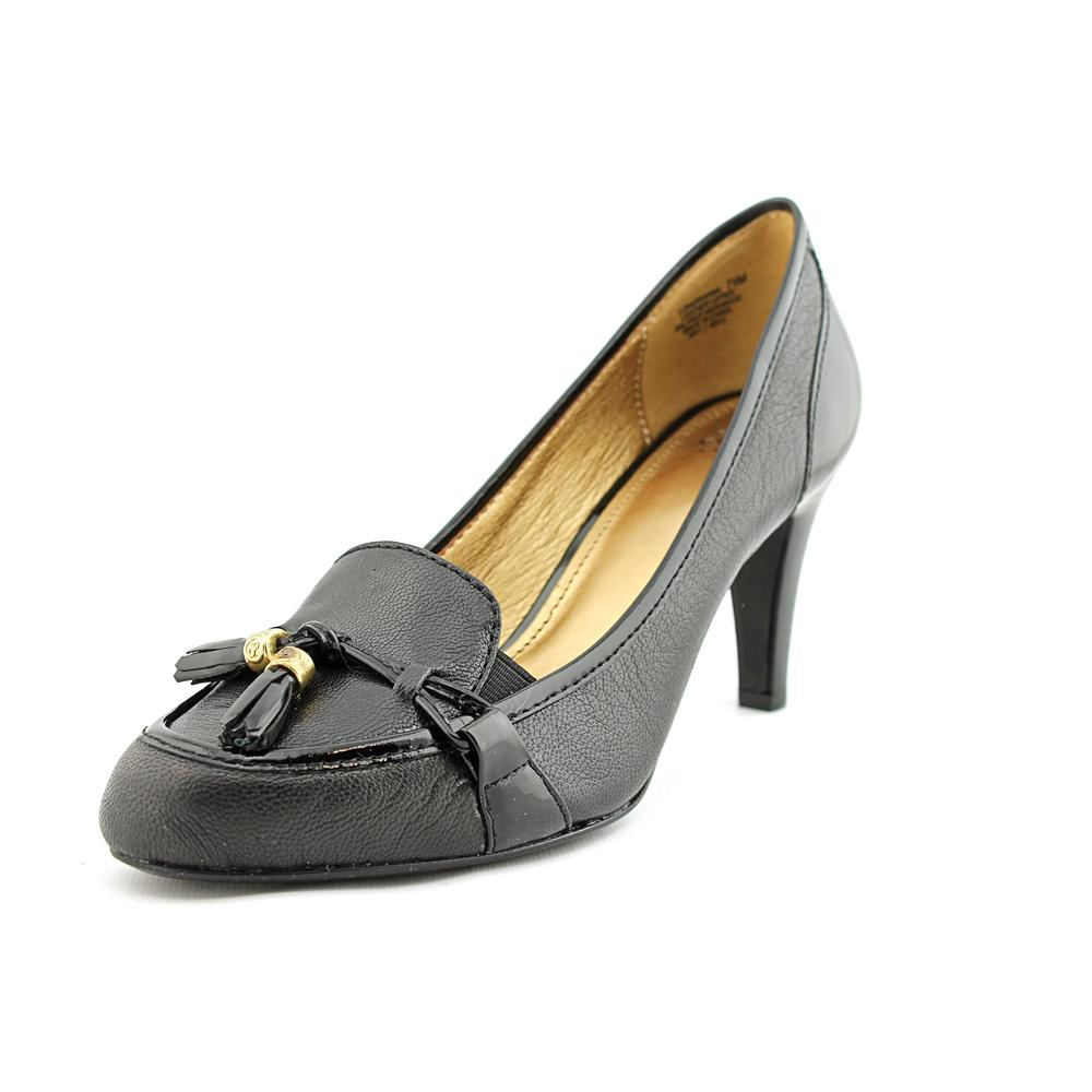 Circa Joan & David Hadrianna   Round Toe Leather  Heels