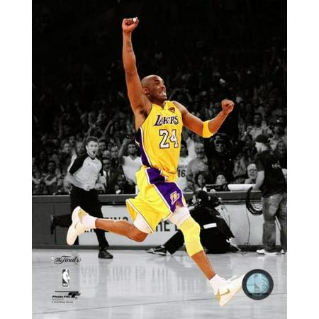 Kobe Bryant Game Seven of the 2010 NBA Finals Spotlight Action (#36) Photo Print (8 x (2010 Nba Finals Game 7 Box Score)