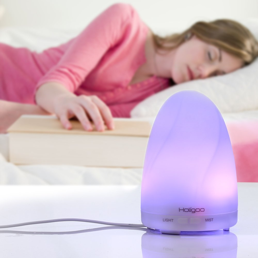 7 Color LED Lights Oil Diffuser, 100ml Ultrasonic Cool Mist Humidifier Portable Aroma Diffuser. by