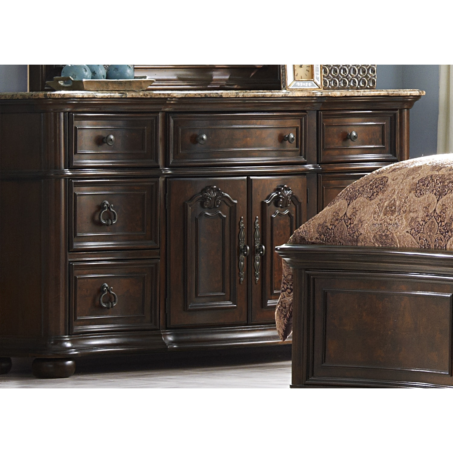 Liberty Le Grande Nutmeg 7-drawer Dresser
