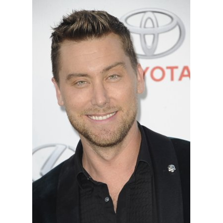 Lance Bass At Arrivals For Environmental Media Association 26Th Annual Ema Awards Warner Bros Studios Burbank Ca October 22 2016 Photo By Elizabeth GoodenoughEverett Collection Celebrity