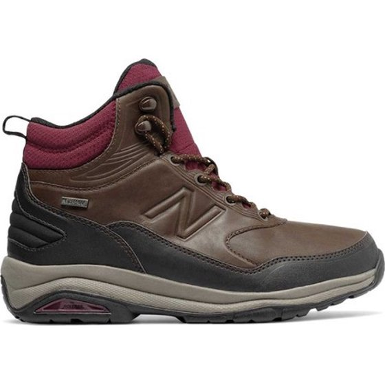 07541f42373a6 These Ww1400 boots by New Balance offers the ultimate in comfort and  support with ankle protection. Protect your feet from all of nature's  elements with ...