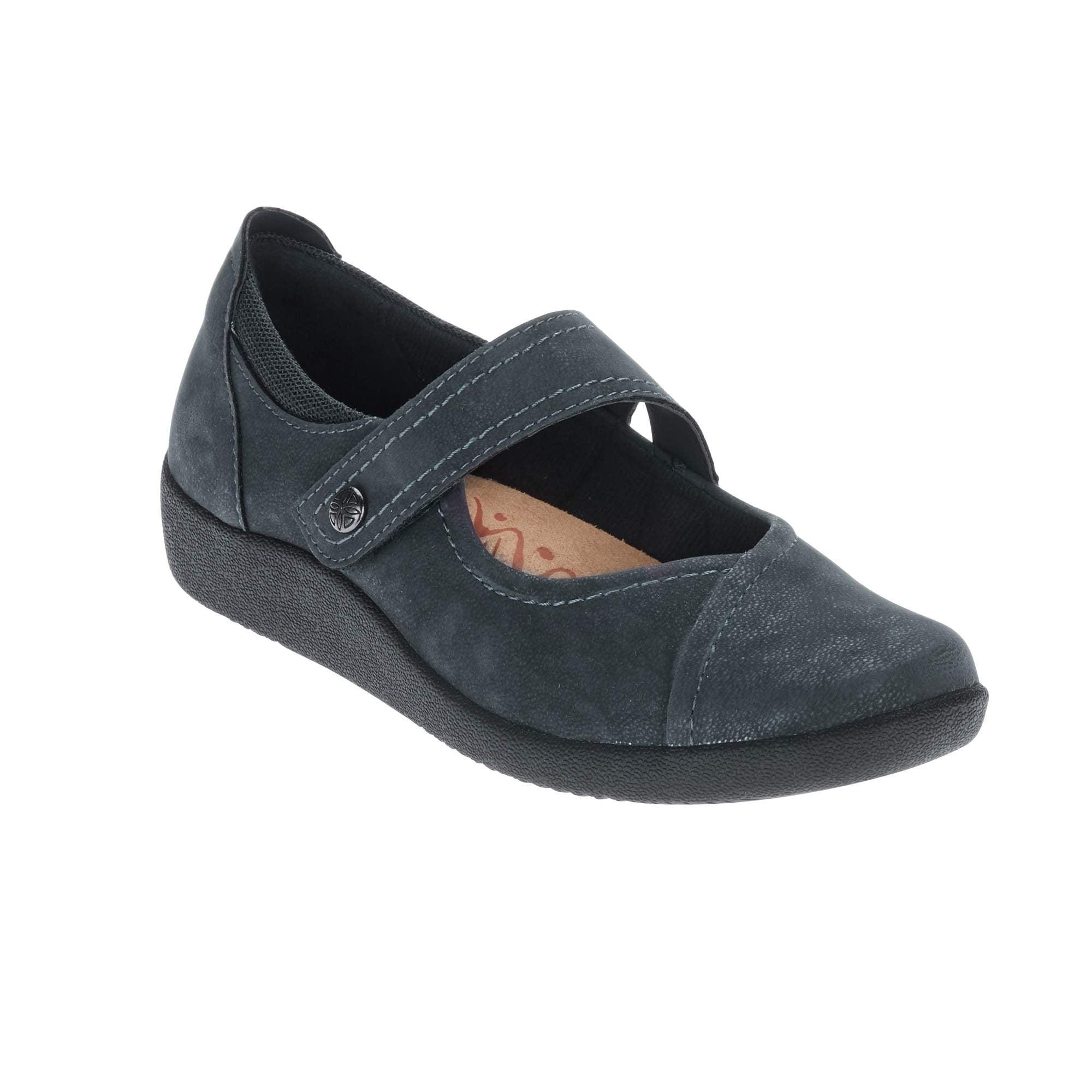 Earth Spirit Women's Tabi Mary Jane Shoe by