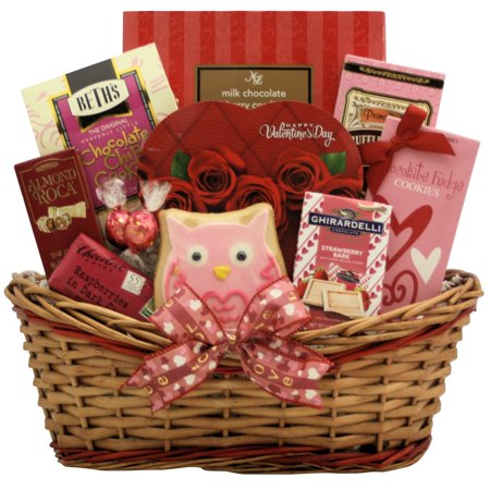 Sweet Love: Valentine's Day Chocolate & Sweets Gift Basket - Valentine Diys