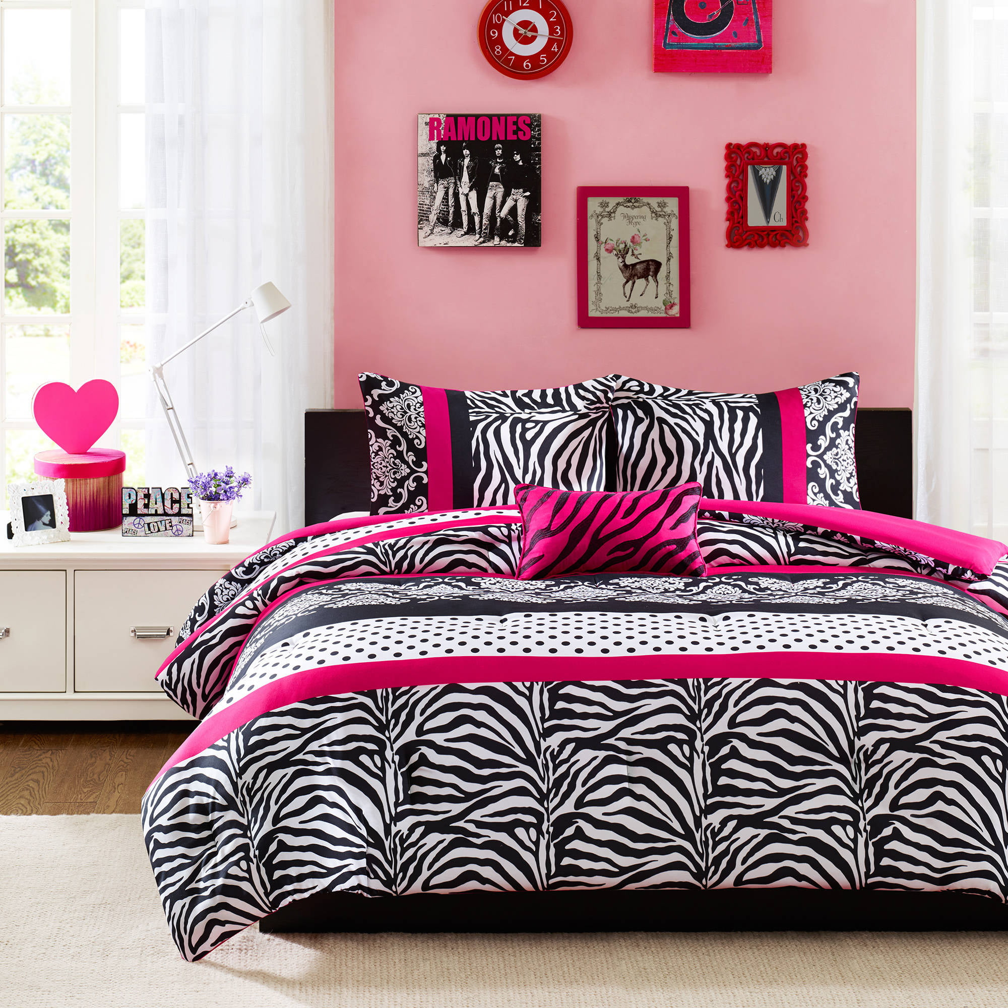 sets simple lovable together small round images with crystal lines grand teen bedding chandelier set table queen dots blue dw really then floral cool bed bedroom side teenage red