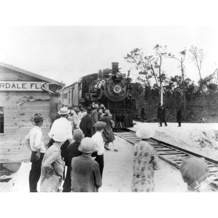 Railroads Stations Nthe Arrival Of The Orange Blossom Special In Fort Lauderdale Florida On Its First Run From Wildwood New Jersey Completing The East Coast Seaboard Train Connection C1921 Rolled (Last Train From Penn Station To New Jersey)