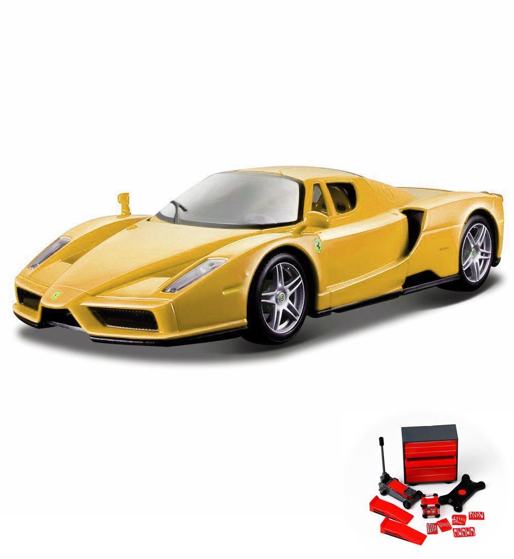 Diecast Car \u0026 Mechanic Set Package , Enzo Ferrari, Yellow , Bburago 26006 ,  1/24 scale Diecast Model Toy Car w/Mechanic Set