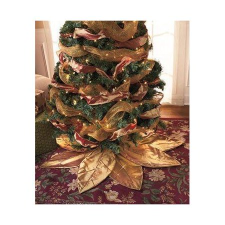 Gold Poinsettia Tree Skirt (Poinsettia Tree Skirt)