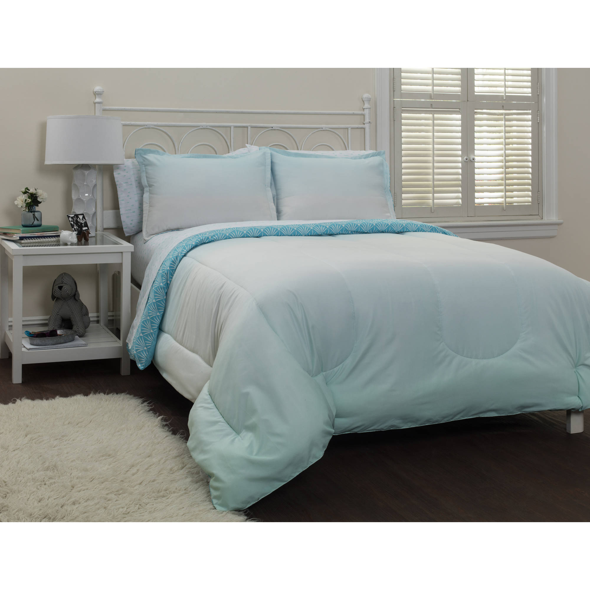 your zone ombre cool bed-in-a-bag bedding set
