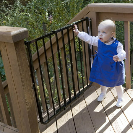 Cardinal Gates Stairway Special Outdoor Child Safety Gate Walmart Com