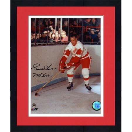 ab02f453e Framed Gordie Howe Detroit Red Wings Autographed 8