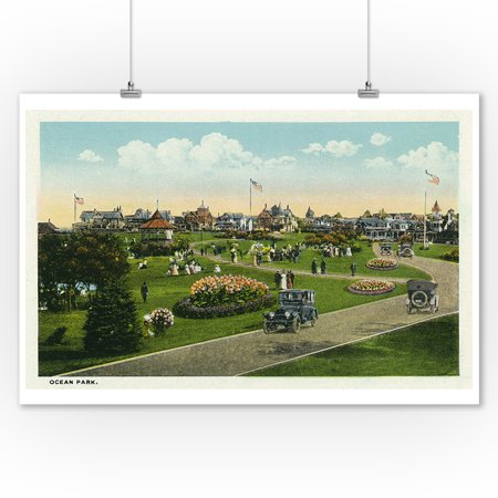 Oak Bluffs, Massachusetts - Martha's Vineyard, Ocean Park View (9x12 Art Print, Wall Decor Travel Poster)
