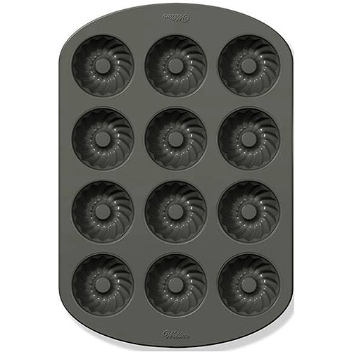 Wilton 12-Cavity Mini Fluted Tube Pan 2105-0557
