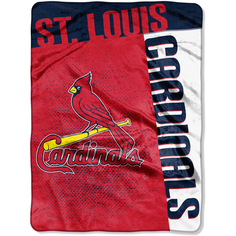 "MLB St. Louis Cardinals ""Strike"" 60"" x 80"" Raschel Throw"