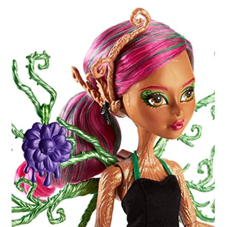 monster high garden ghouls treesa thornwillow doll](Monster High Ghouls Rule Halloween Dolls)