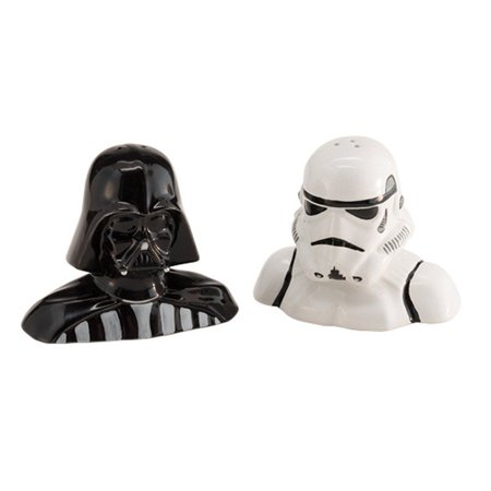 Star Wars Darth Vader & Stormtrooper Salt and Pepper Shaker (Darth Vader & Stormtrooper Salt & Pepper Shakers)